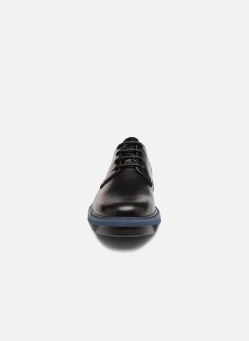 Chaussures à lacets Camper Mateo K100149 Noir vue portées chaussures
