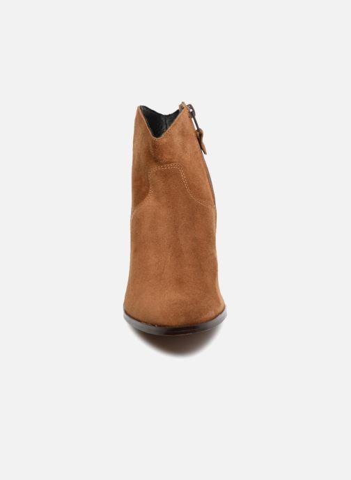 Bottines et boots Elizabeth Stuart Ilan 334 Marron vue portées chaussures