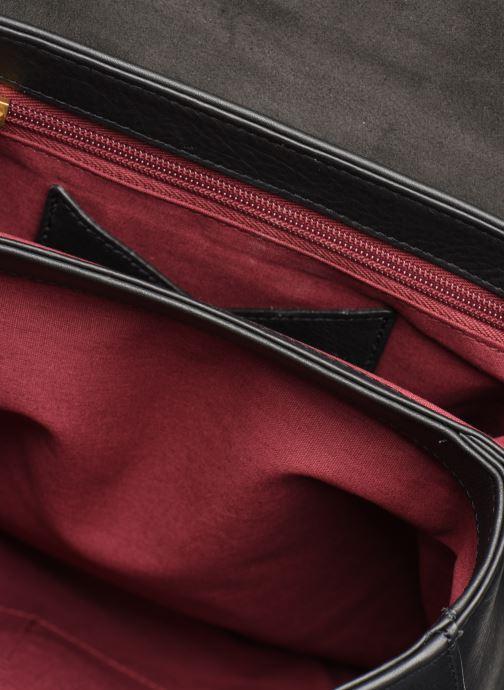 Handtaschen Nat & Nin ALENA schwarz ansicht von unten / tasche getragen