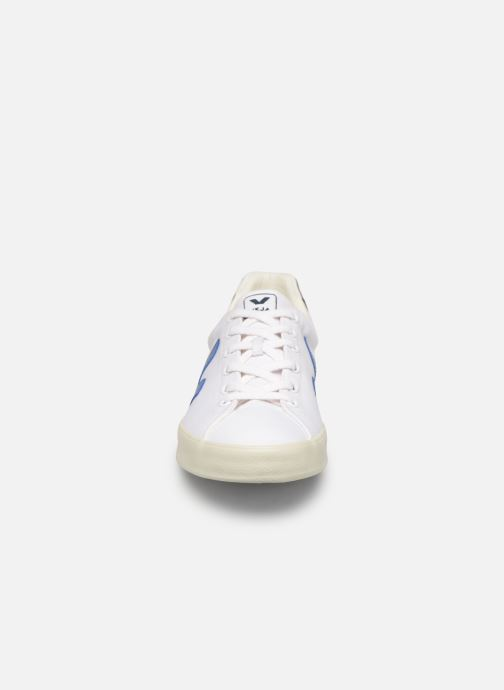 Sneakers Veja Esplar Se Vit bild av skorna på