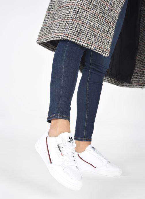 Baskets adidas originals Continental 80 W Blanc vue bas / vue portée sac