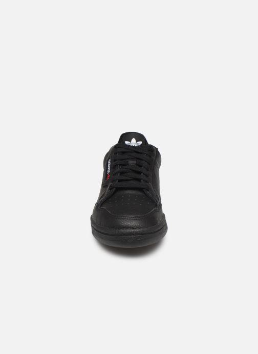 Deportivas adidas originals Continental 80 W Negro vista del modelo