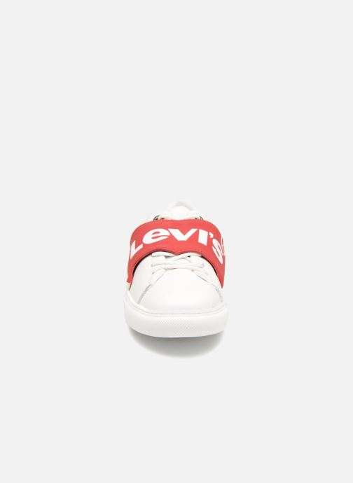 Sneakers Levi's Batwing Sneaker W Bianco modello indossato