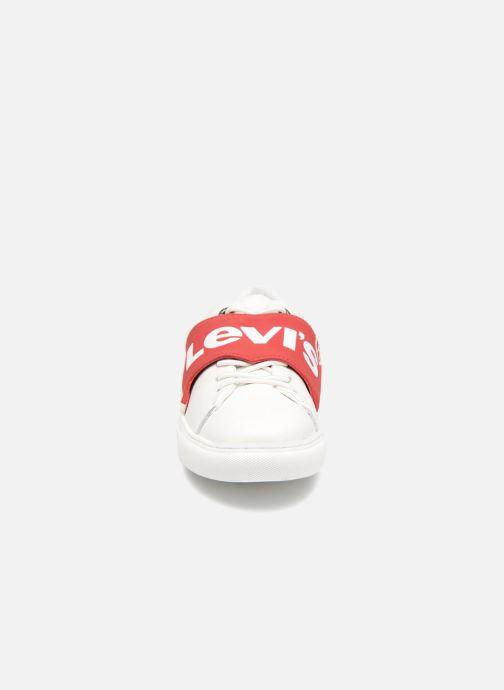 Deportivas Levi's Batwing Sneaker W Blanco vista del modelo