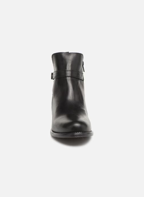 Stivaletti e tronchetti Vero Moda VmJuliette leather boot Nero modello indossato