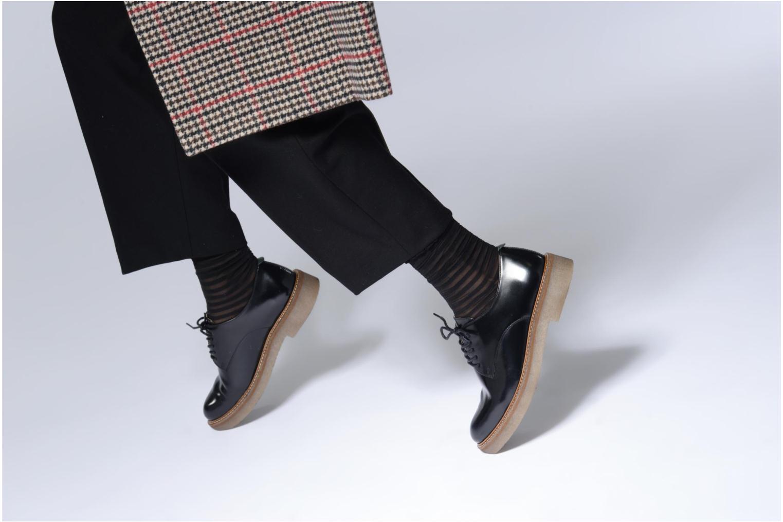 Snörade skor Kickers OXFORK Svart bild från under