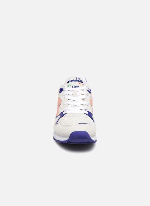 Sneaker Diadora V7000 Premium W grau schuhe getragen