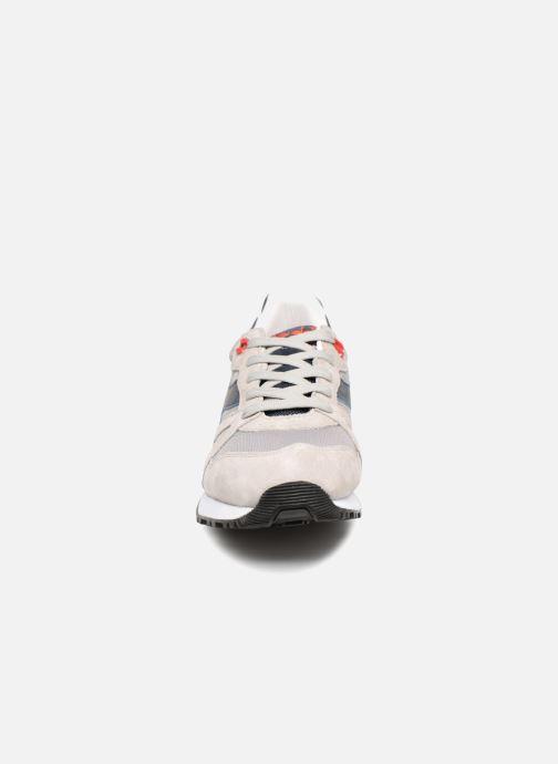 Baskets Diadora N9000 Italia Gris vue portées chaussures