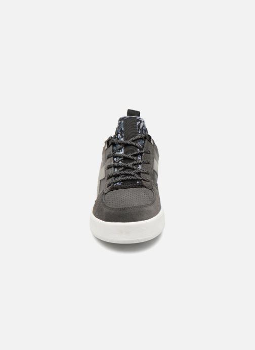 Baskets Diadora B.Elite camo socks Gris vue portées chaussures