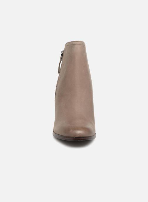 Boots en enkellaarsjes Aldo Emely Grijs model