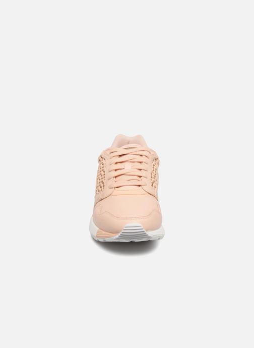 Baskets Le Coq Sportif Omega X W Woven Rose vue portées chaussures
