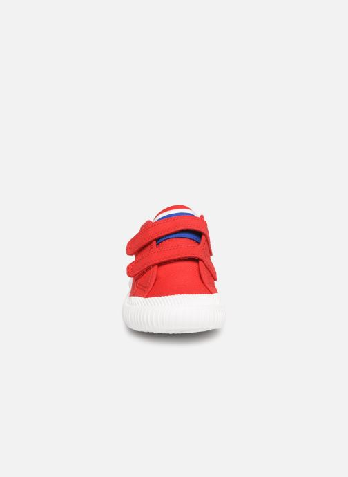Baskets Le Coq Sportif Nationale INF Rouge vue portées chaussures