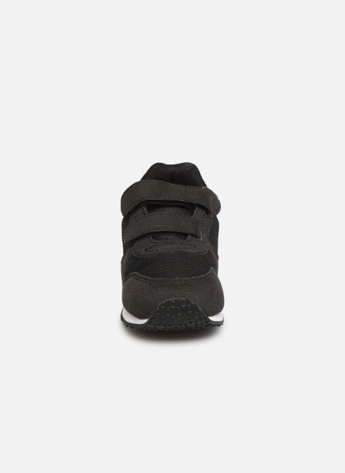 Sneaker Le Coq Sportif Alpha II INF schwarz schuhe getragen