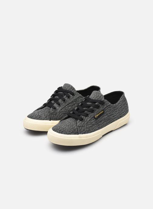 Sneaker Superga Tyedyelure-2750 schwarz ansicht von unten / tasche getragen