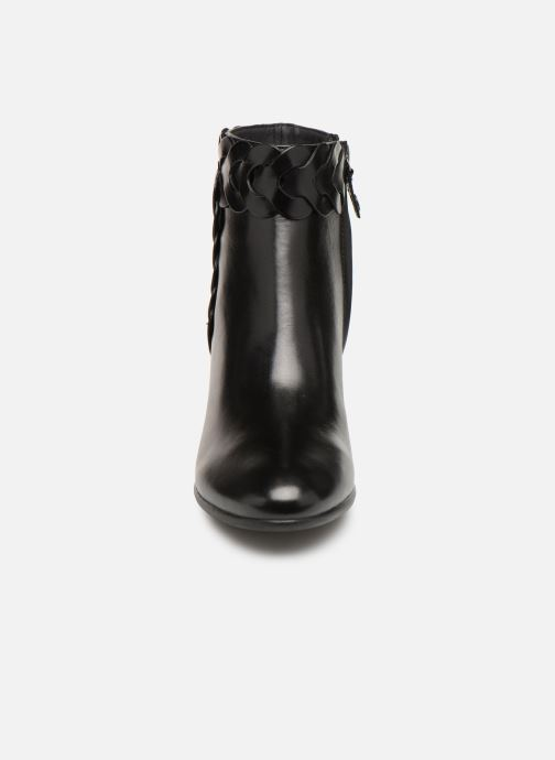 Ankle boots Geox D NEW LUCINDA A D92AMA Black model view