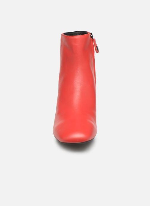 Bottines et boots Geox D SEYLA C D928VC Rouge vue portées chaussures