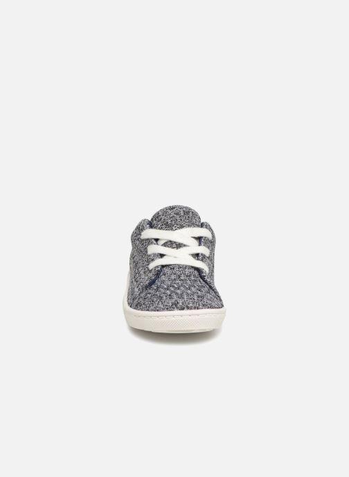 Sneakers Bout'Chou Baskets à lacets bébé Grigio modello indossato