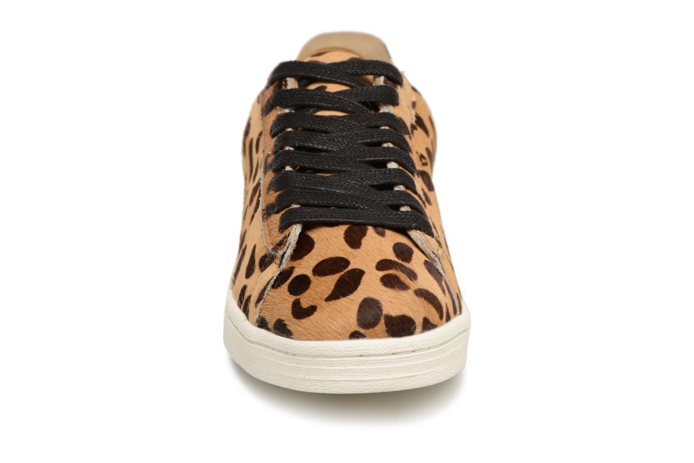 Baskets Monoprix Femme Baskets cuir poils effet léopard Beige vue portées chaussures