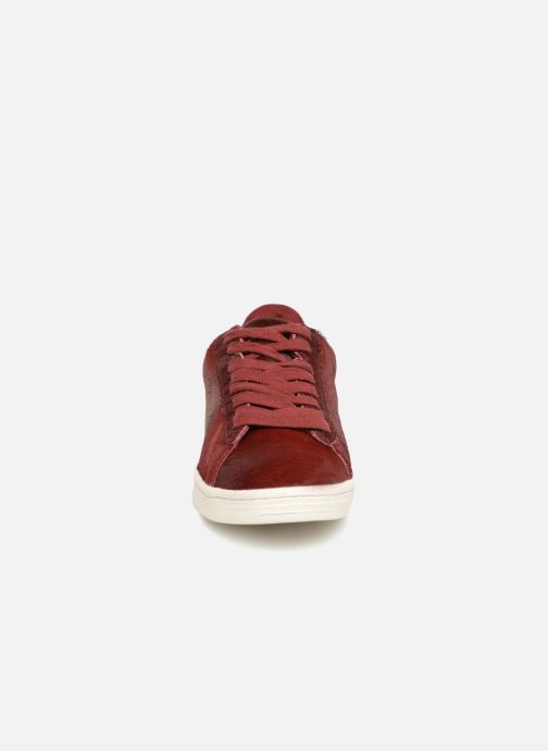 Baskets Monoprix Femme Baskets basses à lacets Rouge vue portées chaussures