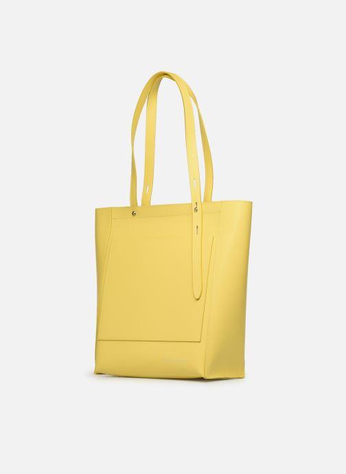 Bolsos de mano Rebecca Minkoff STELLA N/S TOTE Amarillo vista del modelo