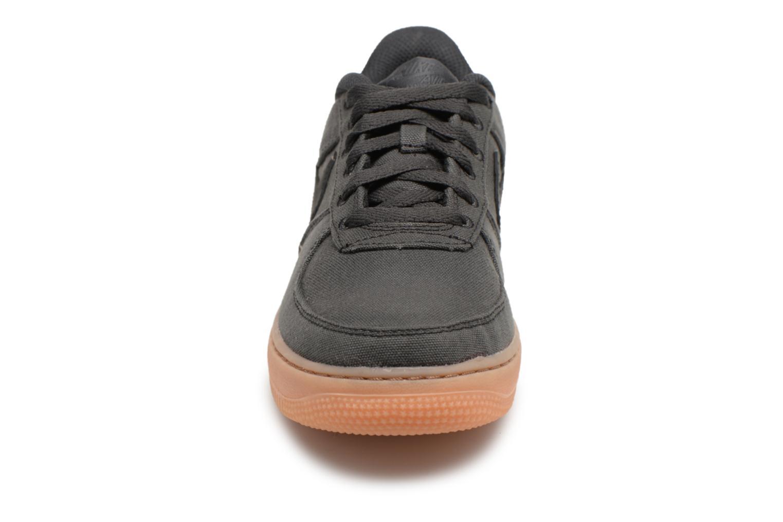 Sneakers Nike Air Force 1 Lv8 Style (Gs) Nero modello indossato
