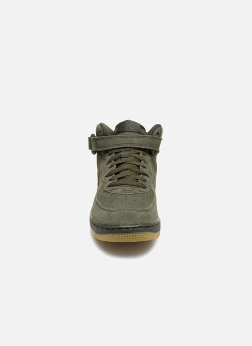 Baskets Nike Air Force 1 Mid LV8 (PS) Vert vue portées chaussures