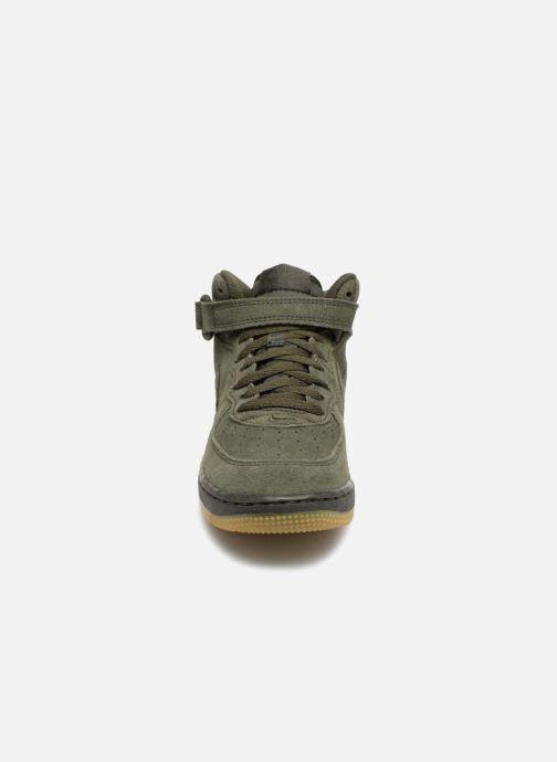 Baskets Nike Air Force 1 Mid LV8 (PS) Vert vue portées chaussures