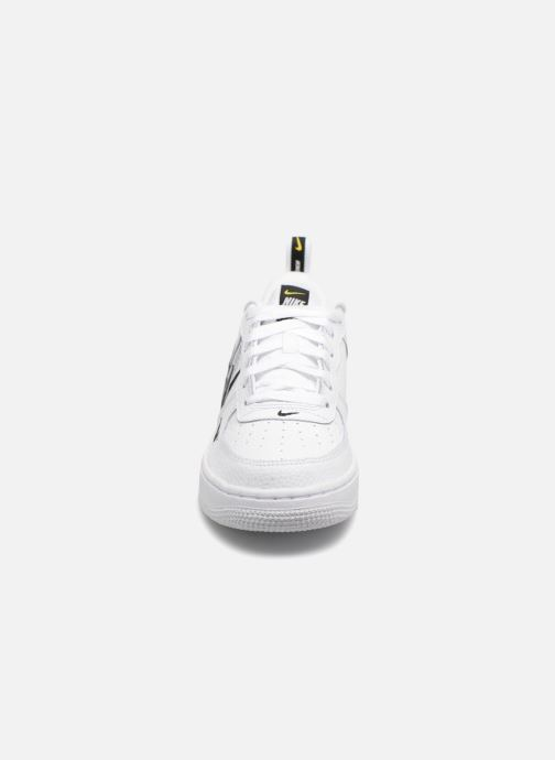 Nike Air Force 1 LV8 Utility (Wit) Sneakers chez Sarenza