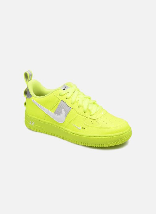 get cheap 057c6 e37ca Baskets Nike Air Force 1 LV8 Utility Jaune vue détailpaire
