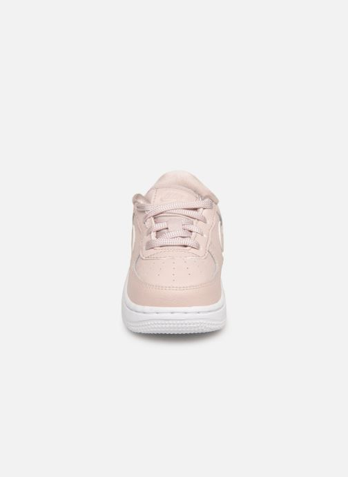 Sneakers Nike Air Force 1 SS (Td) Rosa modello indossato
