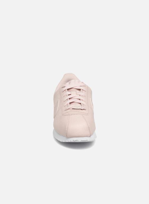 Deportivas Nike Cortez Basic Sl SS (Gs) Rosa vista del modelo