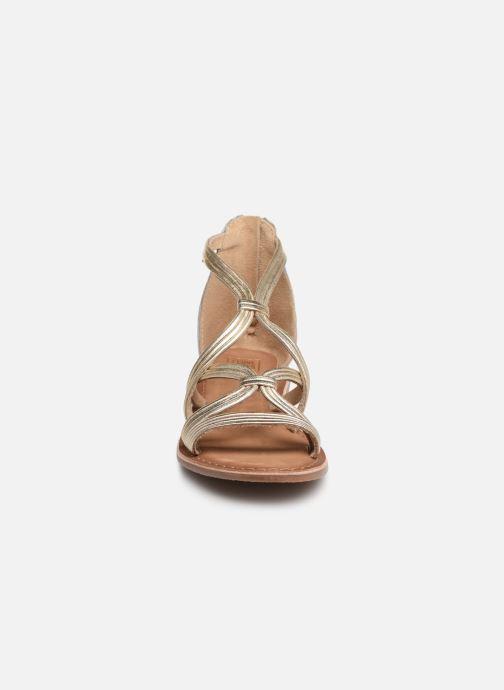 Sandali e scarpe aperte I Love Shoes Kevestale Kids Leather Oro e bronzo modello indossato