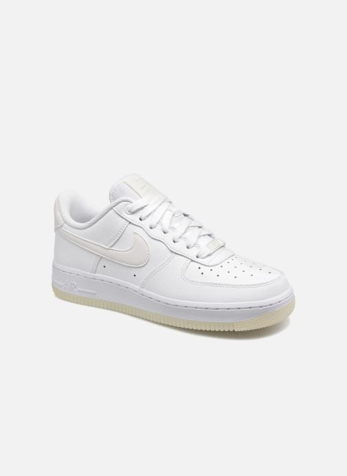 Trainers Nike Wmns Air Force 1 '07 Ess White detailed view/ Pair view