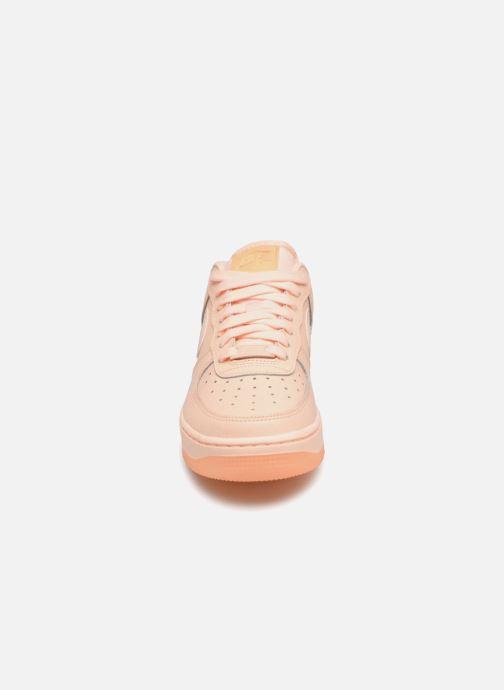 Sneaker Nike Wmns Air Force 1 '07 Ess orange schuhe getragen
