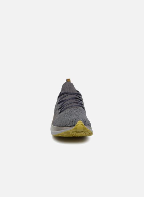 Sportschuhe Nike Nike Zoom Fly Flyknit grau schuhe getragen