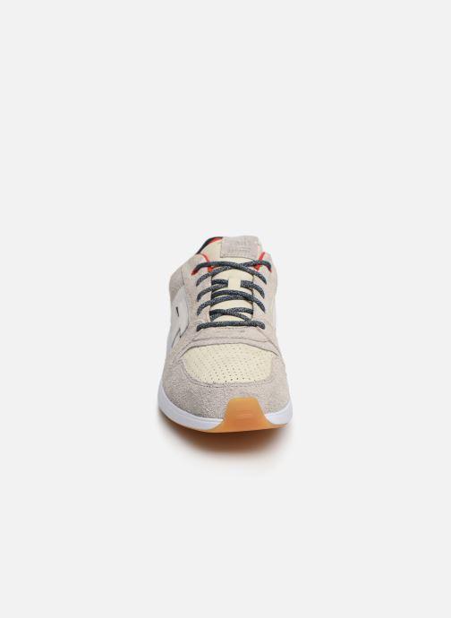 Baskets TOMS Arroyo Gris vue portées chaussures