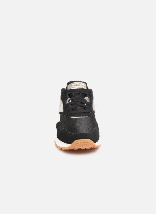 Baskets Reebok Rapide Noir vue portées chaussures