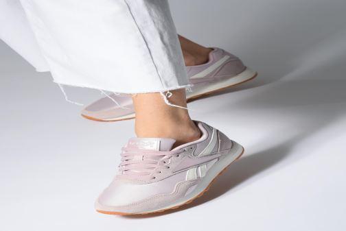 Sneaker Reebok Rapide grün ansicht von unten / tasche getragen