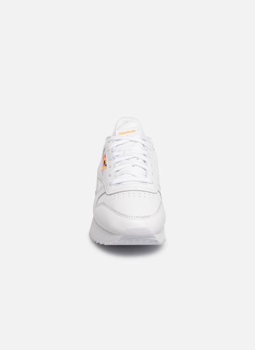 Sneakers Reebok Classic Leather Double Bianco modello indossato
