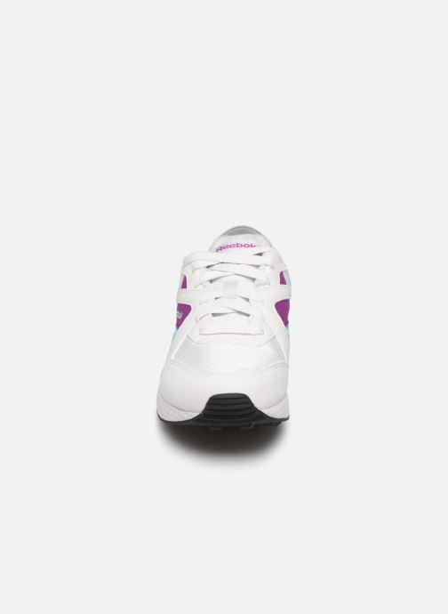 Baskets Reebok Pyro Blanc vue portées chaussures