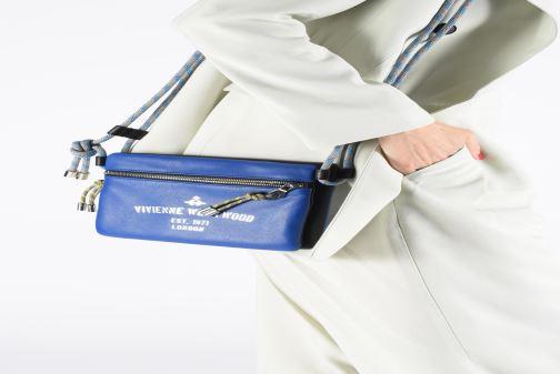 Sacs à main Vivienne Westwood Hilary Crossbody Bleu vue bas / vue portée sac