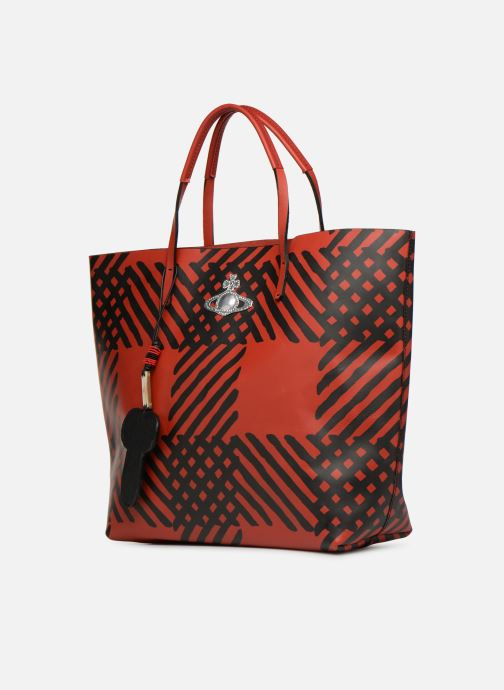 Sacs à main Vivienne Westwood Crini Check Leather Shopper Rouge vue portées chaussures