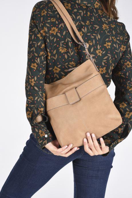 Handbags Esprit Lexi Shoulder Bag Beige view from underneath / model view
