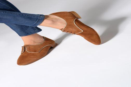 Chaussures à lacets 70/30 Vernon Marron vue bas / vue portée sac