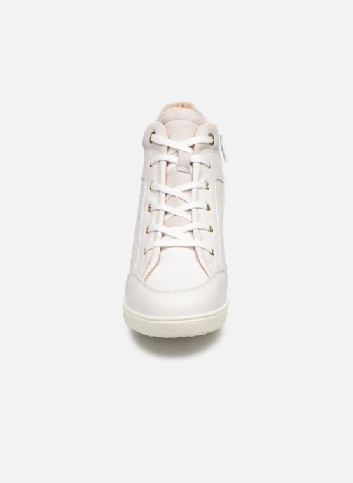Baskets Geox D KARUM C D84ASC Blanc vue portées chaussures
