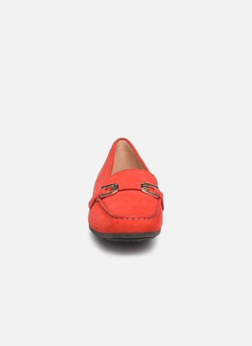 Mocassins Geox D ANNYTHAH MOC A D84BMA Rouge vue portées chaussures