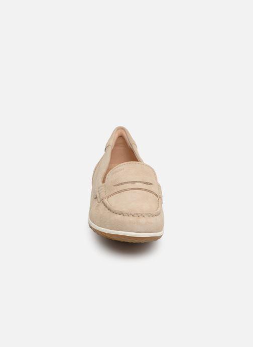 Mocassins Geox D VEGA MOC A D92DNA Beige vue portées chaussures