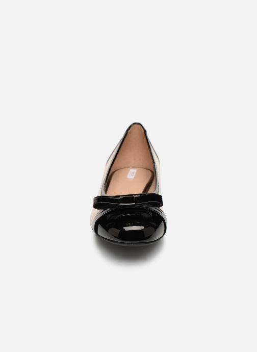 Ballerines Geox D WISTREY D D924GD Blanc vue portées chaussures