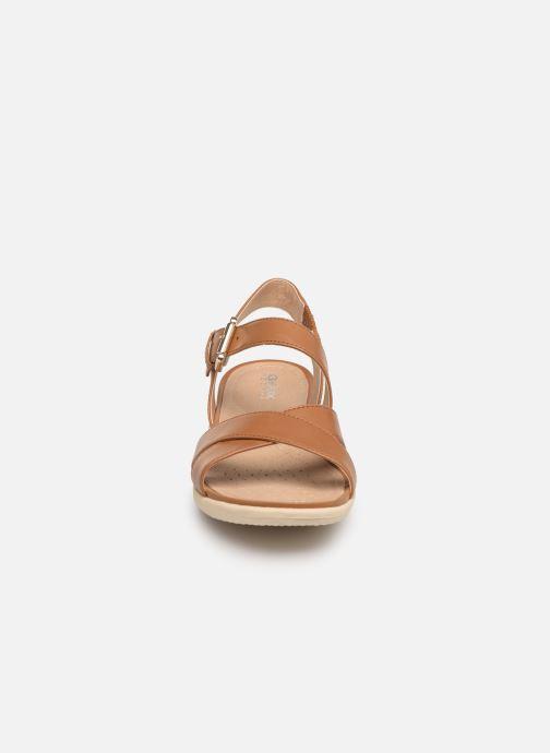 Sandales et nu-pieds Geox D SAND VEGA E D92R6E Marron vue portées chaussures
