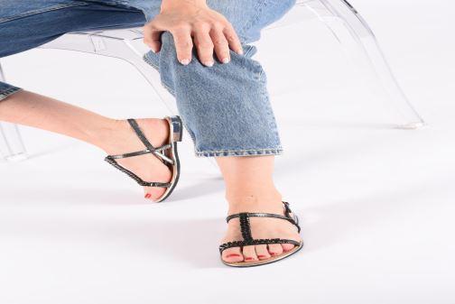 Sandales et nu-pieds Geox D SOZY G D92DQG Noir vue bas / vue portée sac